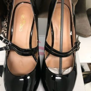 🔥6/$26 on items $9 or less Mary Janes Blk Shoes